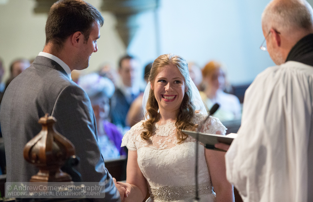 1107-20150815-Wedding Cerys and Jeremy - St James's Church Hildenborough - Plough at Leigh