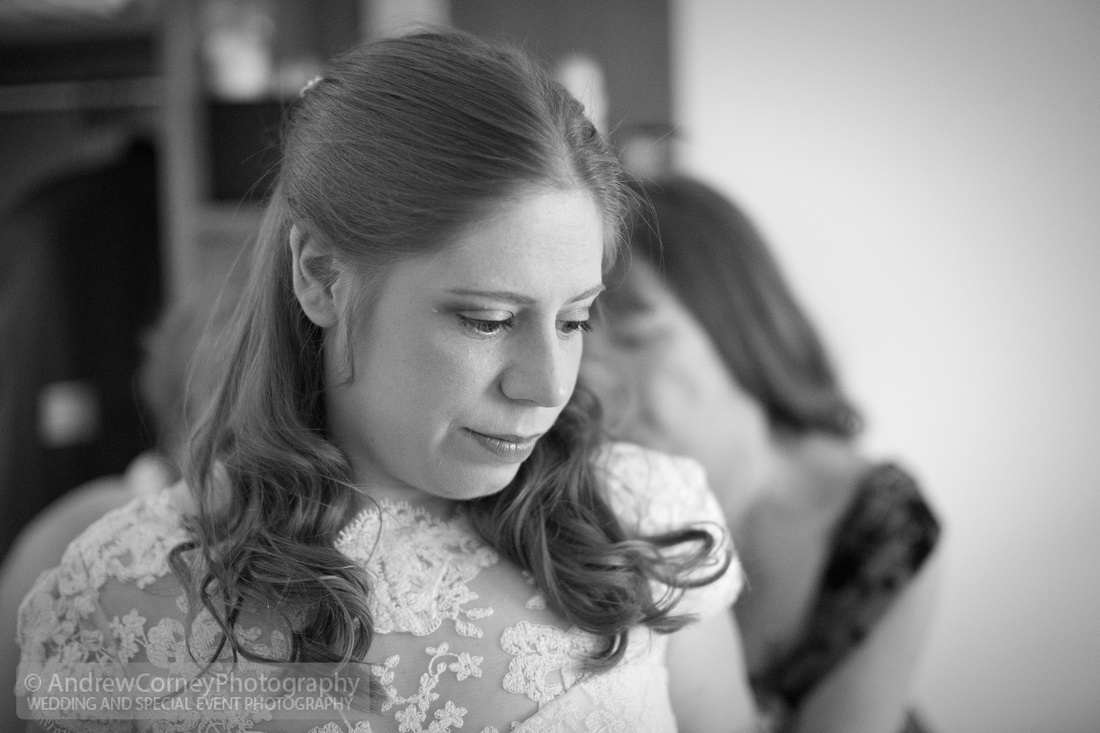 0674-20150815-Wedding Cerys and Jeremy - St James's Church Hildenborough - Plough at Leigh